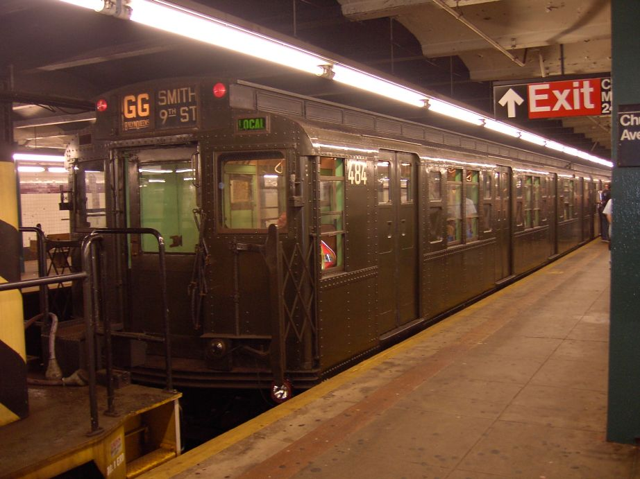 (103k, 922x691)<br><b>Country:</b> United States<br><b>City:</b> New York<br><b>System:</b> New York City Transit<br><b>Line:</b> IND Crosstown Line<br><b>Location:</b> Church Avenue <br><b>Route:</b> Fan Trip<br><b>Car:</b> R-4 (American Car & Foundry, 1932-1933) 484 <br><b>Photo by:</b> Brian Weinberg<br><b>Date:</b> 6/8/2003<br><b>Viewed (this week/total):</b> 1 / 6783