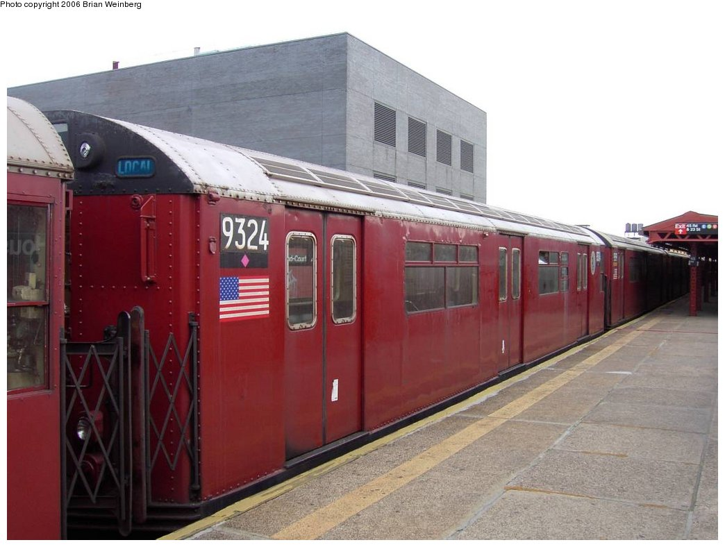 (141k, 1044x788)<br><b>Country:</b> United States<br><b>City:</b> New York<br><b>System:</b> New York City Transit<br><b>Line:</b> IRT Flushing Line<br><b>Location:</b> Court House Square/45th Road <br><b>Car:</b> R-33 World's Fair (St. Louis, 1963-64) 9324 <br><b>Photo by:</b> Brian Weinberg<br><b>Date:</b> 6/17/2003<br><b>Viewed (this week/total):</b> 3 / 2732