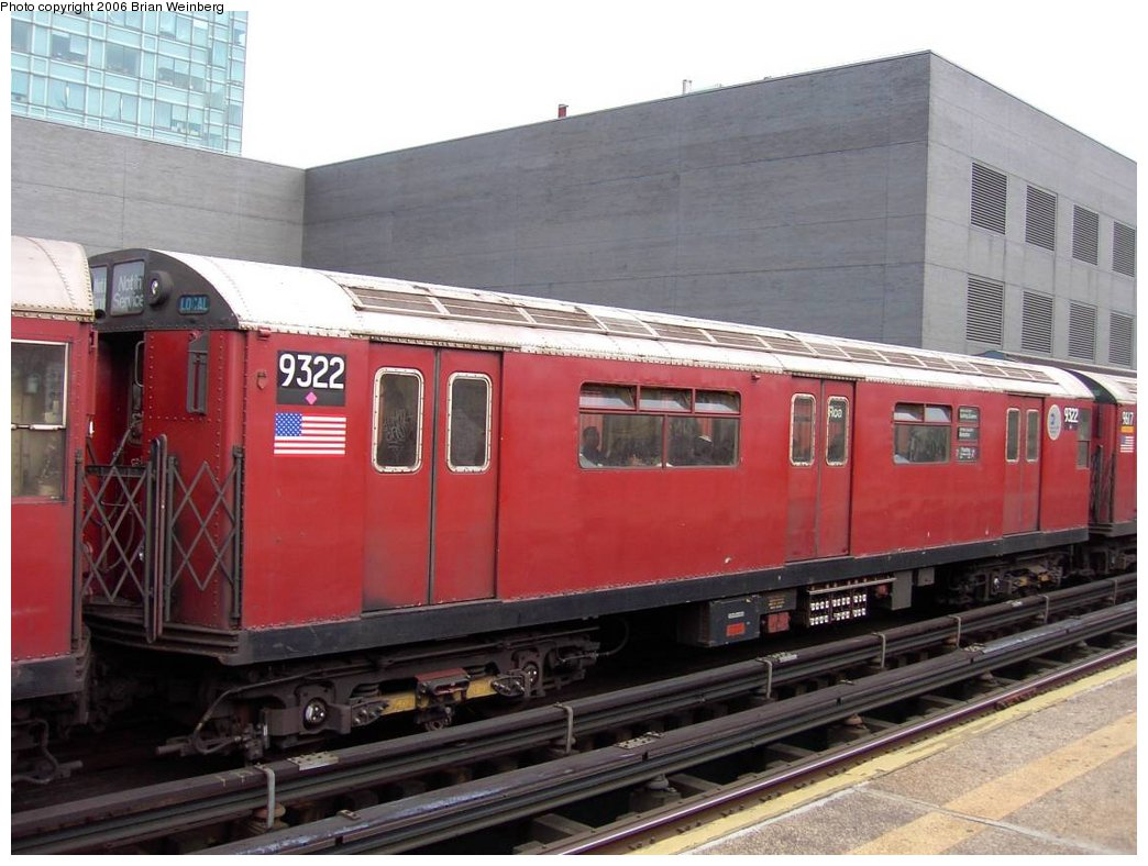(160k, 1044x788)<br><b>Country:</b> United States<br><b>City:</b> New York<br><b>System:</b> New York City Transit<br><b>Line:</b> IRT Flushing Line<br><b>Location:</b> Court House Square/45th Road <br><b>Car:</b> R-33 World's Fair (St. Louis, 1963-64) 9322 <br><b>Photo by:</b> Brian Weinberg<br><b>Date:</b> 6/17/2003<br><b>Viewed (this week/total):</b> 3 / 2080