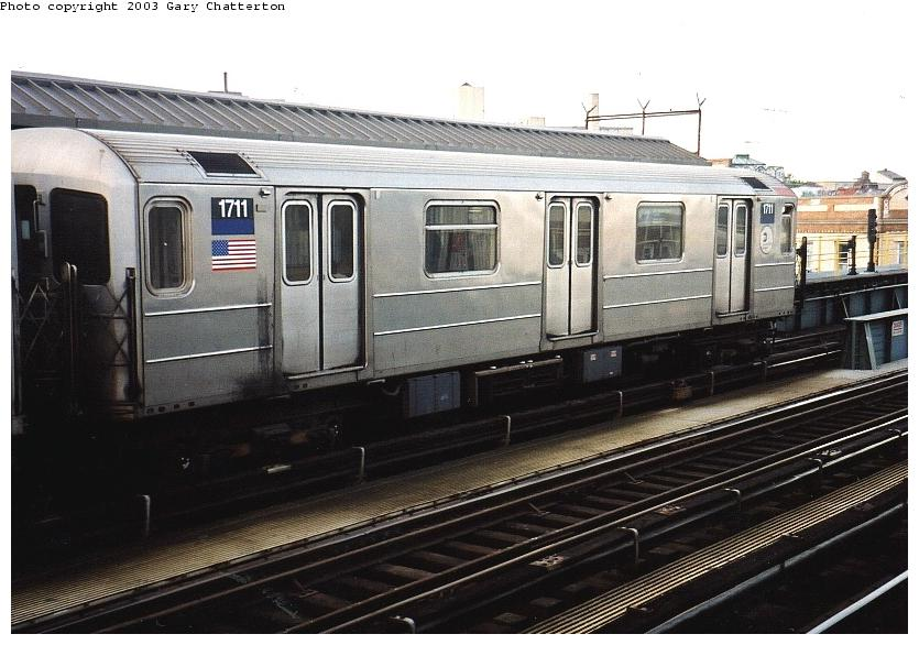(80k, 835x586)<br><b>Country:</b> United States<br><b>City:</b> New York<br><b>System:</b> New York City Transit<br><b>Line:</b> IRT Flushing Line<br><b>Location:</b> 52nd Street/Lincoln Avenue <br><b>Route:</b> 7<br><b>Car:</b> R-62A (Bombardier, 1984-1987)  1711 <br><b>Photo by:</b> Gary Chatterton<br><b>Date:</b> 6/4/2003<br><b>Viewed (this week/total):</b> 0 / 2517