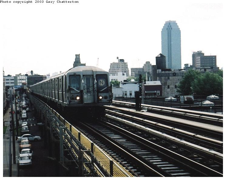 (69k, 745x591)<br><b>Country:</b> United States<br><b>City:</b> New York<br><b>System:</b> New York City Transit<br><b>Line:</b> BMT Astoria Line<br><b>Location:</b> 36th/Washington Aves. <br><b>Route:</b> N<br><b>Car:</b> R-40 (St. Louis, 1968)  4198 <br><b>Photo by:</b> Gary Chatterton<br><b>Date:</b> 6/6/2003<br><b>Viewed (this week/total):</b> 4 / 3598