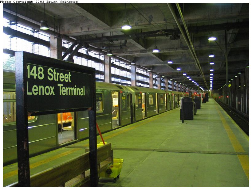 (97k, 820x620)<br><b>Country:</b> United States<br><b>City:</b> New York<br><b>System:</b> New York City Transit<br><b>Line:</b> IRT Lenox Line<br><b>Location:</b> 148th Street/Lenox Terminal <br><b>Photo by:</b> Brian Weinberg<br><b>Date:</b> 6/24/2003<br><b>Viewed (this week/total):</b> 2 / 5472