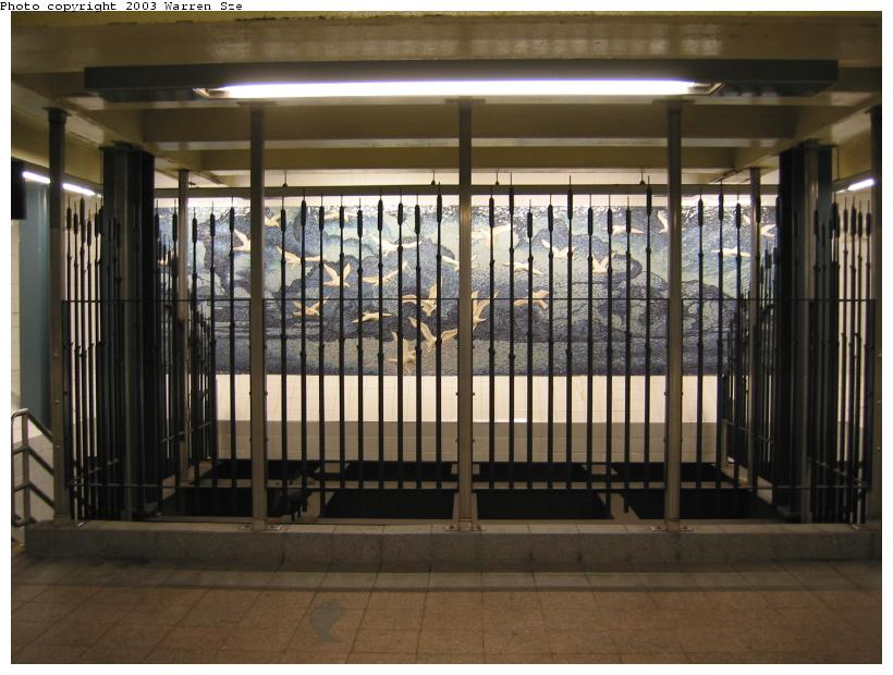(81k, 820x620)<br><b>Country:</b> United States<br><b>City:</b> New York<br><b>System:</b> New York City Transit<br><b>Line:</b> BMT Broadway Line<br><b>Location:</b> Whitehall Street <br><b>Photo by:</b> Warren Sze<br><b>Date:</b> 7/3/2003<br><b>Artwork:</b> <i>Passages</i>, Frank Giorgini (2000).<br><b>Notes:</b> South exit<br><b>Viewed (this week/total):</b> 0 / 2661