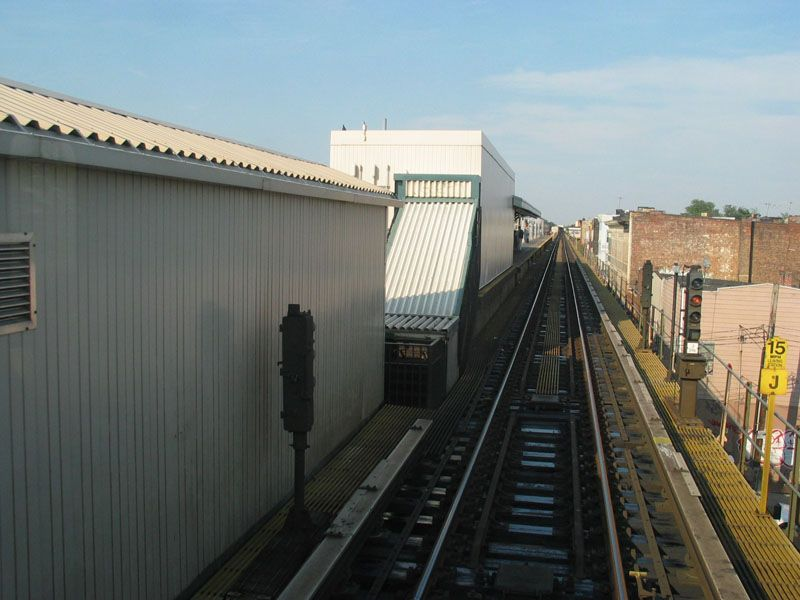 (86k, 800x600)<br><b>Country:</b> United States<br><b>City:</b> New York<br><b>System:</b> New York City Transit<br><b>Line:</b> BMT Nassau Street/Jamaica Line<br><b>Location:</b> Cleveland Street <br><b>Photo by:</b> Robert Pastore<br><b>Date:</b> 4/27/2003<br><b>Viewed (this week/total):</b> 0 / 2443