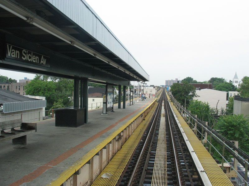 (104k, 800x600)<br><b>Country:</b> United States<br><b>City:</b> New York<br><b>System:</b> New York City Transit<br><b>Line:</b> BMT Nassau Street/Jamaica Line<br><b>Location:</b> Van Siclen Avenue <br><b>Photo by:</b> Robert Pastore<br><b>Date:</b> 4/27/2003<br><b>Viewed (this week/total):</b> 0 / 3422