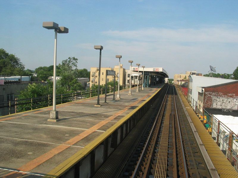 (100k, 800x600)<br><b>Country:</b> United States<br><b>City:</b> New York<br><b>System:</b> New York City Transit<br><b>Line:</b> BMT Nassau Street/Jamaica Line<br><b>Location:</b> Van Siclen Avenue <br><b>Photo by:</b> Robert Pastore<br><b>Date:</b> 4/27/2003<br><b>Viewed (this week/total):</b> 2 / 3380