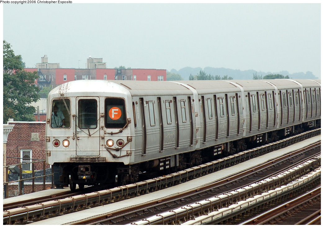 (199k, 1044x734)<br><b>Country:</b> United States<br><b>City:</b> New York<br><b>System:</b> New York City Transit<br><b>Line:</b> BMT Culver Line<br><b>Location:</b> Bay Parkway (22nd Avenue) <br><b>Route:</b> F<br><b>Car:</b> R-46 (Pullman-Standard, 1974-75)  <br><b>Photo by:</b> Christopher Esposito<br><b>Date:</b> 8/25/2006<br><b>Viewed (this week/total):</b> 0 / 2144