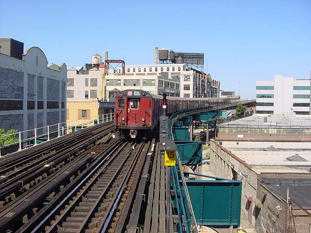 (59k, 640x480)<br><b>Country:</b> United States<br><b>City:</b> New York<br><b>System:</b> New York City Transit<br><b>Line:</b> IRT Flushing Line<br><b>Location:</b> Court House Square/45th Road <br><b>Route:</b> 7<br><b>Car:</b> R-36 World's Fair (St. Louis, 1963-64)  <br><b>Photo by:</b> Salaam Allah<br><b>Date:</b> 9/17/2002<br><b>Viewed (this week/total):</b> 1 / 4452