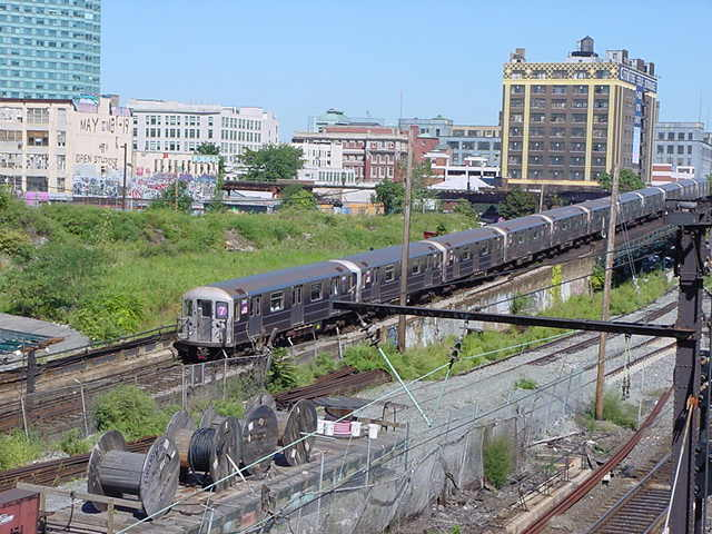 (60k, 640x480)<br><b>Country:</b> United States<br><b>City:</b> New York<br><b>System:</b> New York City Transit<br><b>Line:</b> IRT Flushing Line<br><b>Location:</b> Viaduct approach east of Hunterspoint Ave. <br><b>Route:</b> 7<br><b>Car:</b> R-62A (Bombardier, 1984-1987)   <br><b>Photo by:</b> Salaam Allah<br><b>Date:</b> 9/17/2002<br><b>Viewed (this week/total):</b> 5 / 5378