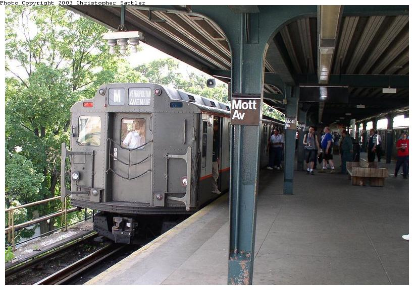 (99k, 820x576)<br><b>Country:</b> United States<br><b>City:</b> New York<br><b>System:</b> New York City Transit<br><b>Line:</b> IND Rockaway<br><b>Location:</b> Mott Avenue/Far Rockaway <br><b>Route:</b> Fan Trip<br><b>Car:</b> R-7A (Pullman, 1938)  1575 <br><b>Photo by:</b> Christopher Sattler<br><b>Date:</b> 6/28/2003<br><b>Viewed (this week/total):</b> 2 / 3517