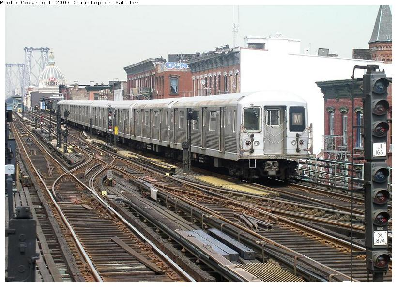 (108k, 820x592)<br><b>Country:</b> United States<br><b>City:</b> New York<br><b>System:</b> New York City Transit<br><b>Line:</b> BMT Nassau Street/Jamaica Line<br><b>Location:</b> Hewes Street <br><b>Route:</b> J<br><b>Car:</b> R-42 (St. Louis, 1969-1970)  4795 <br><b>Photo by:</b> Christopher Sattler<br><b>Date:</b> 7/31/2003<br><b>Viewed (this week/total):</b> 0 / 4324