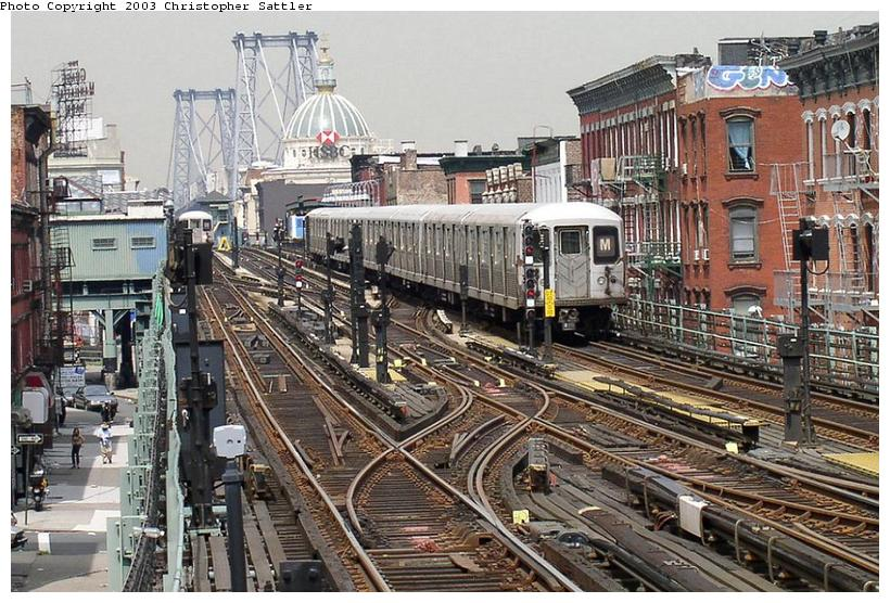 (119k, 820x556)<br><b>Country:</b> United States<br><b>City:</b> New York<br><b>System:</b> New York City Transit<br><b>Line:</b> BMT Nassau Street/Jamaica Line<br><b>Location:</b> Hewes Street <br><b>Route:</b> J<br><b>Car:</b> R-42 (St. Louis, 1969-1970)   <br><b>Photo by:</b> Christopher Sattler<br><b>Date:</b> 7/31/2003<br><b>Viewed (this week/total):</b> 0 / 10193