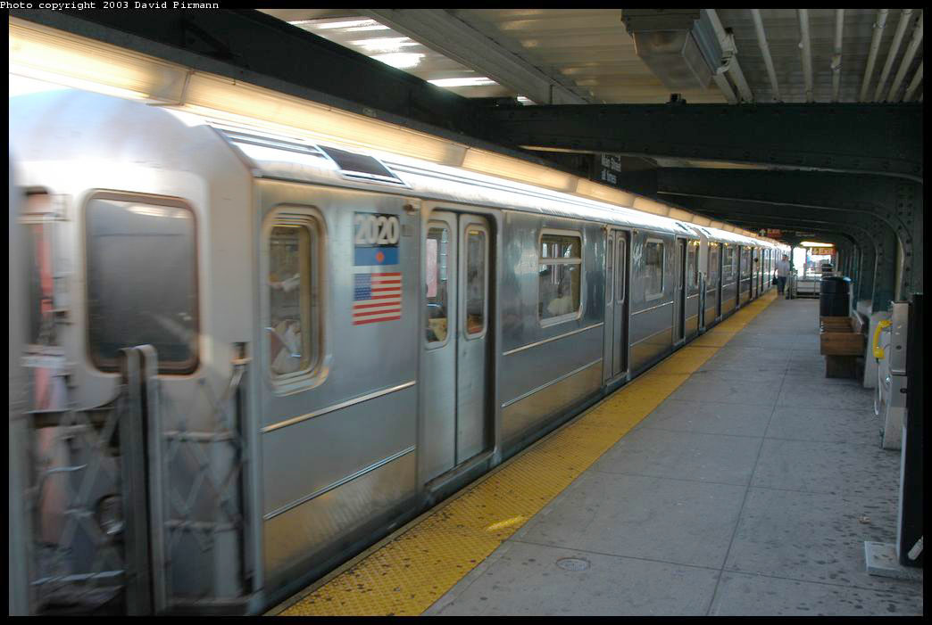 (163k, 1044x701)<br><b>Country:</b> United States<br><b>City:</b> New York<br><b>System:</b> New York City Transit<br><b>Line:</b> IRT Flushing Line<br><b>Location:</b> 33rd Street/Rawson Street <br><b>Route:</b> 7<br><b>Car:</b> R-62A (Bombardier, 1984-1987)  2020 <br><b>Photo by:</b> David Pirmann<br><b>Date:</b> 8/23/2003<br><b>Viewed (this week/total):</b> 0 / 2764