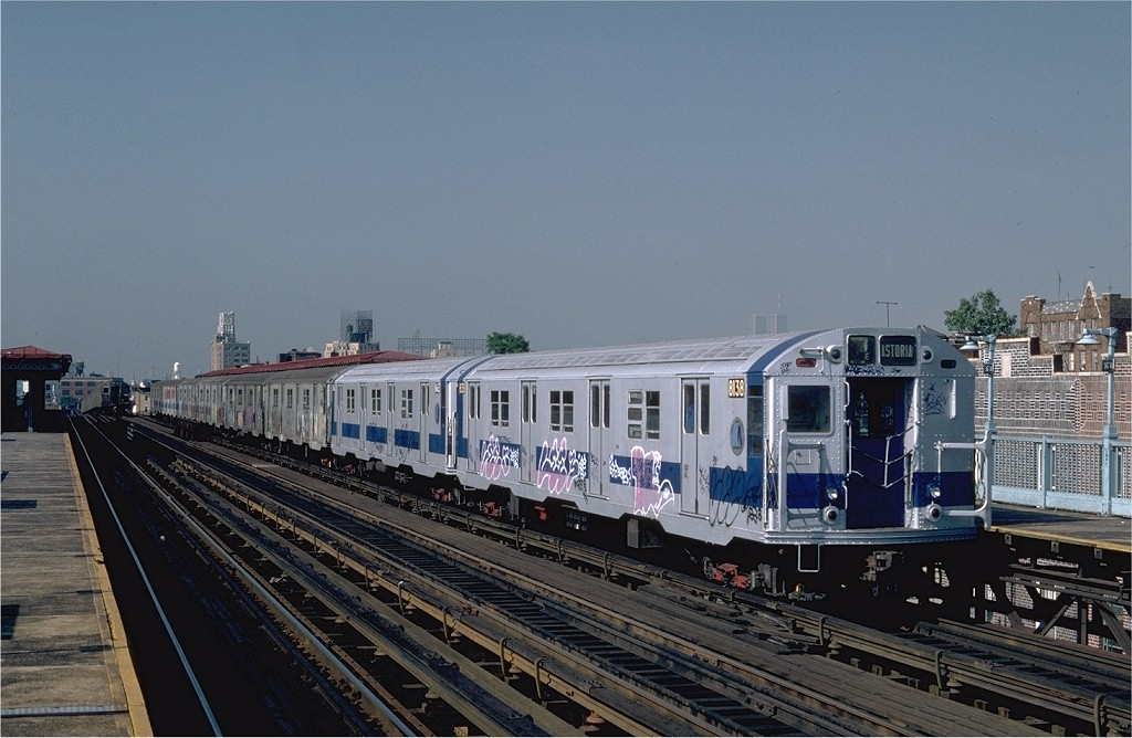 (185k, 1024x668)<br><b>Country:</b> United States<br><b>City:</b> New York<br><b>System:</b> New York City Transit<br><b>Line:</b> BMT Astoria Line<br><b>Location:</b> 36th/Washington Aves. <br><b>Route:</b> RR<br><b>Car:</b> R-27 (St. Louis, 1960)  8138 <br><b>Photo by:</b> Steve Zabel<br><b>Collection of:</b> Joe Testagrose<br><b>Date:</b> 8/13/1982<br><b>Viewed (this week/total):</b> 0 / 2468