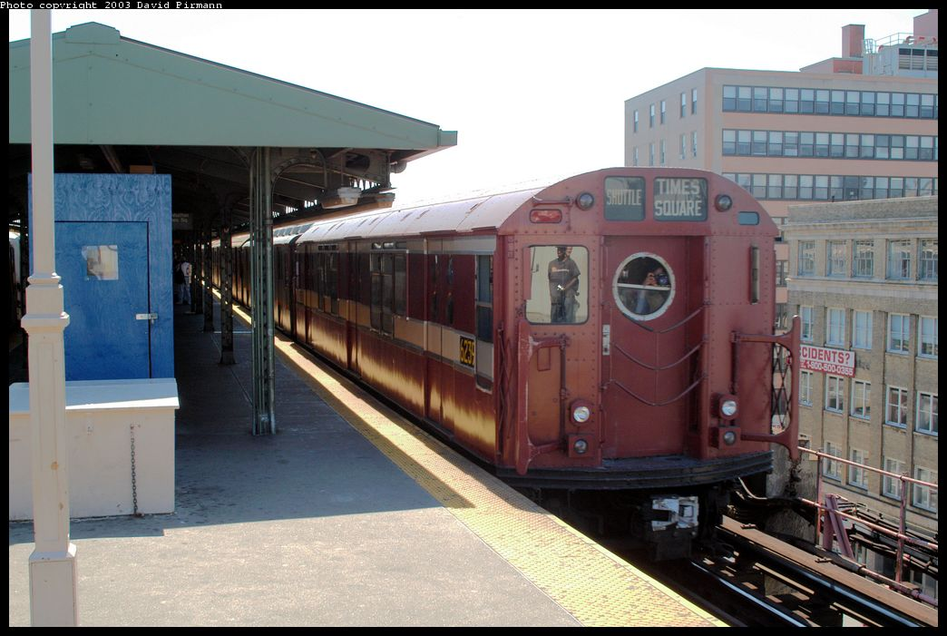 (172k, 1044x701)<br><b>Country:</b> United States<br><b>City:</b> New York<br><b>System:</b> New York City Transit<br><b>Line:</b> IRT Flushing Line<br><b>Location:</b> Queensborough Plaza <br><b>Route:</b> Fan Trip<br><b>Car:</b> R-15 (American Car & Foundry, 1950) 6239 <br><b>Photo by:</b> David Pirmann<br><b>Date:</b> 8/23/2003<br><b>Viewed (this week/total):</b> 5 / 3508