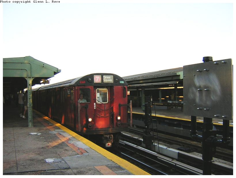 (95k, 820x620)<br><b>Country:</b> United States<br><b>City:</b> New York<br><b>System:</b> New York City Transit<br><b>Line:</b> IRT Flushing Line<br><b>Location:</b> Willets Point/Mets (fmr. Shea Stadium) <br><b>Route:</b> 7<br><b>Car:</b> R-36 World's Fair (St. Louis, 1963-64) 9663 <br><b>Photo by:</b> Glenn L. Rowe<br><b>Date:</b> 8/23/2003<br><b>Viewed (this week/total):</b> 0 / 2401