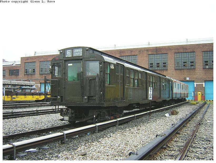 (134k, 820x620)<br><b>Country:</b> United States<br><b>City:</b> New York<br><b>System:</b> New York City Transit<br><b>Location:</b> 207th Street Yard<br><b>Car:</b> R-4 (American Car & Foundry, 1932-1933) 484 <br><b>Photo by:</b> Glenn L. Rowe<br><b>Date:</b> 9/1/2003<br><b>Viewed (this week/total):</b> 3 / 3218