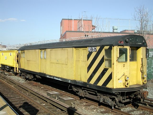 (68k, 640x480)<br><b>Country:</b> United States<br><b>City:</b> New York<br><b>System:</b> New York City Transit<br><b>Location:</b> Rockaway Parkway (Canarsie) Yard<br><b>Car:</b> R-71 Rider Car (R-17/R-21/R-22 Rebuilds)  RD357 (ex-7472)<br><b>Photo by:</b> Jeff Erlitz<br><b>Date:</b> 3/23/2003<br><b>Viewed (this week/total):</b> 0 / 3301