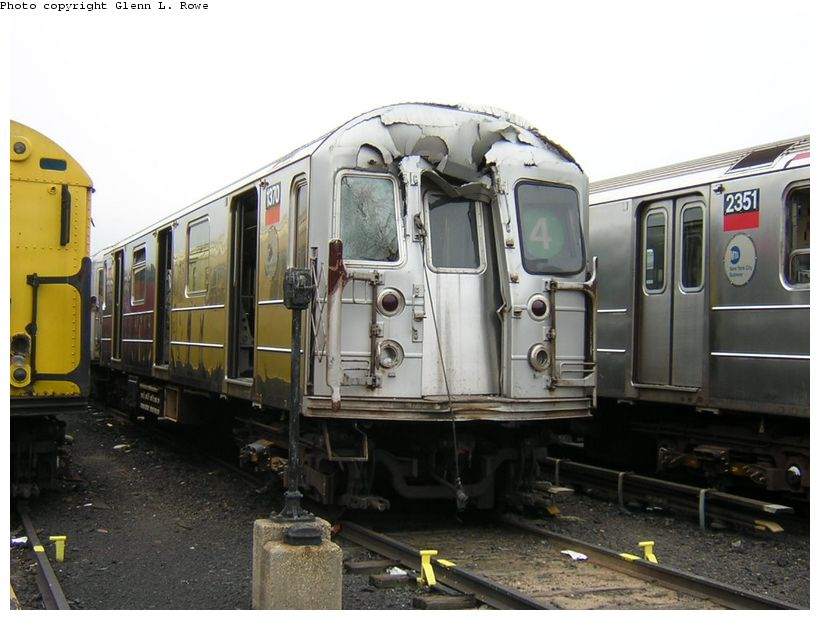 (114k, 820x620)<br><b>Country:</b> United States<br><b>City:</b> New York<br><b>System:</b> New York City Transit<br><b>Location:</b> 207th Street Yard<br><b>Car:</b> R-62 (Kawasaki, 1983-1985)  1370 <br><b>Photo by:</b> Glenn L. Rowe<br><b>Date:</b> 10/20/2003<br><b>Viewed (this week/total):</b> 12 / 26098
