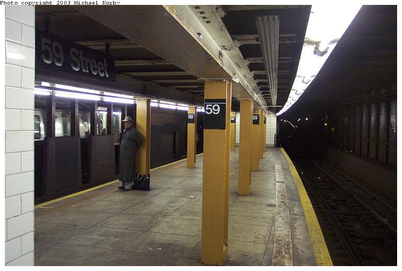 (81k, 820x553)<br><b>Country:</b> United States<br><b>City:</b> New York<br><b>System:</b> New York City Transit<br><b>Line:</b> BMT 4th Avenue<br><b>Location:</b> 59th Street <br><b>Photo by:</b> Michael Korby<br><b>Date:</b> 11/4/2002<br><b>Viewed (this week/total):</b> 5 / 4290