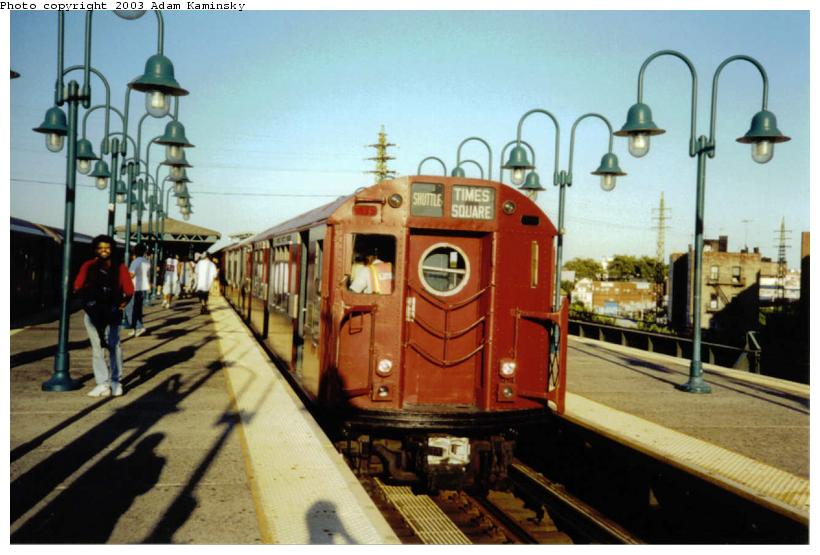 (70k, 820x555)<br><b>Country:</b> United States<br><b>City:</b> New York<br><b>System:</b> New York City Transit<br><b>Line:</b> IRT Flushing Line<br><b>Location:</b> 61st Street/Woodside <br><b>Route:</b> Fan Trip<br><b>Car:</b> R-15 (American Car & Foundry, 1950) 6239 <br><b>Photo by:</b> Adam Kaminsky<br><b>Date:</b> 8/23/2003<br><b>Viewed (this week/total):</b> 2 / 2834