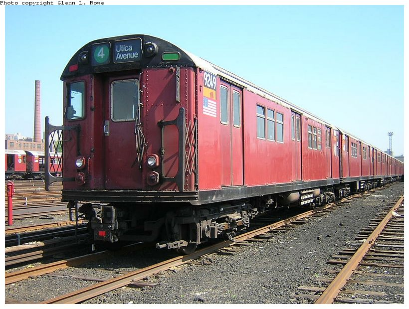 (157k, 820x620)<br><b>Country:</b> United States<br><b>City:</b> New York<br><b>System:</b> New York City Transit<br><b>Location:</b> 207th Street Yard<br><b>Car:</b> R-33 Main Line (St. Louis, 1962-63) 9249 <br><b>Photo by:</b> Glenn L. Rowe<br><b>Date:</b> 5/7/2003<br><b>Viewed (this week/total):</b> 2 / 4838