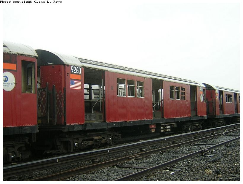 (111k, 820x620)<br><b>Country:</b> United States<br><b>City:</b> New York<br><b>System:</b> New York City Transit<br><b>Location:</b> 207th Street Yard<br><b>Car:</b> R-33 Main Line (St. Louis, 1962-63) 9260 <br><b>Photo by:</b> Glenn L. Rowe<br><b>Date:</b> 5/8/2003<br><b>Viewed (this week/total):</b> 2 / 3262