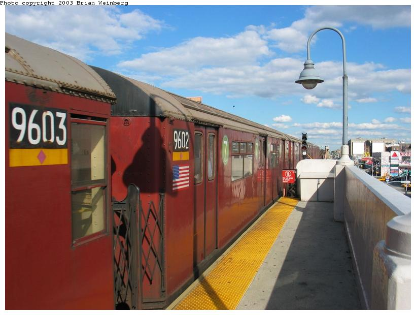 (73k, 820x620)<br><b>Country:</b> United States<br><b>City:</b> New York<br><b>System:</b> New York City Transit<br><b>Line:</b> IRT Flushing Line<br><b>Location:</b> 33rd Street/Rawson Street <br><b>Car:</b> R-36 World's Fair (St. Louis, 1963-64) 9602 <br><b>Photo by:</b> Brian Weinberg<br><b>Date:</b> 9/5/2003<br><b>Viewed (this week/total):</b> 2 / 3010