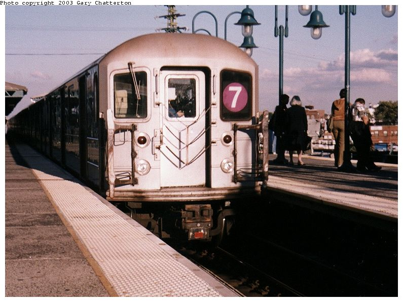 (93k, 795x596)<br><b>Country:</b> United States<br><b>City:</b> New York<br><b>System:</b> New York City Transit<br><b>Line:</b> IRT Flushing Line<br><b>Location:</b> 61st Street/Woodside <br><b>Route:</b> 7<br><b>Car:</b> R-62A (Bombardier, 1984-1987)  2003 <br><b>Photo by:</b> Gary Chatterton<br><b>Date:</b> 9/29/2003<br><b>Viewed (this week/total):</b> 0 / 2759
