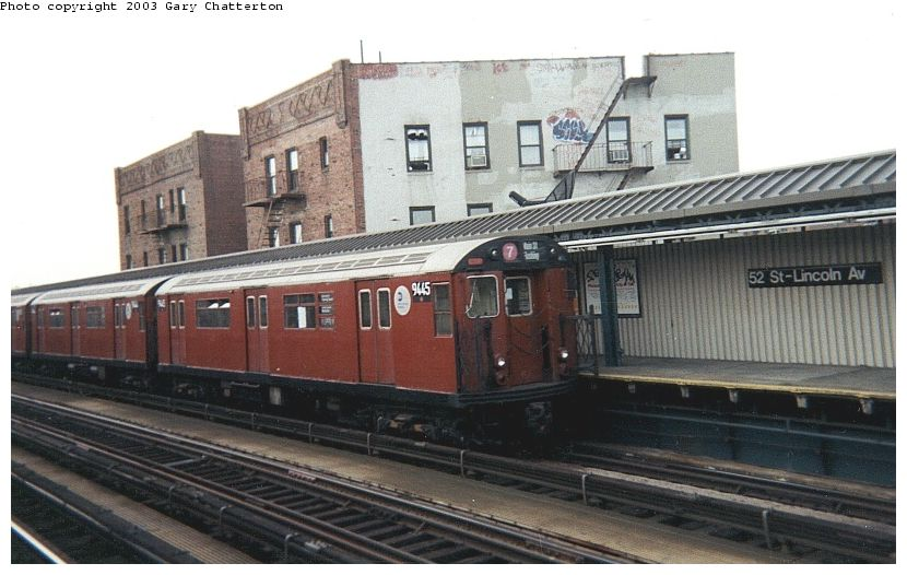 (79k, 830x526)<br><b>Country:</b> United States<br><b>City:</b> New York<br><b>System:</b> New York City Transit<br><b>Line:</b> IRT Flushing Line<br><b>Location:</b> 52nd Street/Lincoln Avenue <br><b>Route:</b> 7<br><b>Car:</b> R-36 World's Fair (St. Louis, 1963-64) 9445 <br><b>Photo by:</b> Gary Chatterton<br><b>Date:</b> 2/2001<br><b>Viewed (this week/total):</b> 4 / 2580
