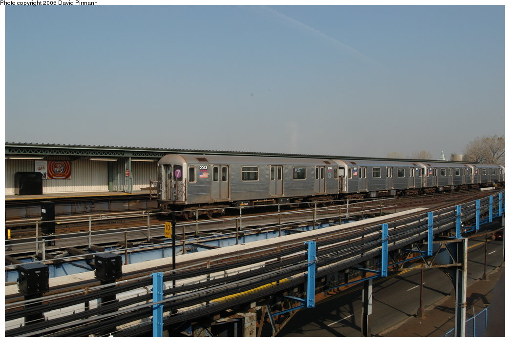 (189k, 1044x701)<br><b>Country:</b> United States<br><b>City:</b> New York<br><b>System:</b> New York City Transit<br><b>Line:</b> IRT Flushing Line<br><b>Location:</b> Willets Point/Mets (fmr. Shea Stadium) <br><b>Route:</b> 7<br><b>Car:</b> R-62A (Bombardier, 1984-1987)  2083 <br><b>Photo by:</b> David Pirmann<br><b>Date:</b> 11/3/2003<br><b>Viewed (this week/total):</b> 1 / 2240
