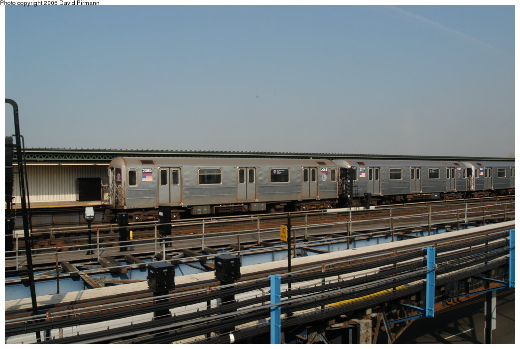 (193k, 1044x701)<br><b>Country:</b> United States<br><b>City:</b> New York<br><b>System:</b> New York City Transit<br><b>Line:</b> IRT Flushing Line<br><b>Location:</b> Willets Point/Mets (fmr. Shea Stadium) <br><b>Route:</b> 7<br><b>Car:</b> R-62A (Bombardier, 1984-1987)  2065 <br><b>Photo by:</b> David Pirmann<br><b>Date:</b> 11/3/2003<br><b>Viewed (this week/total):</b> 0 / 5098