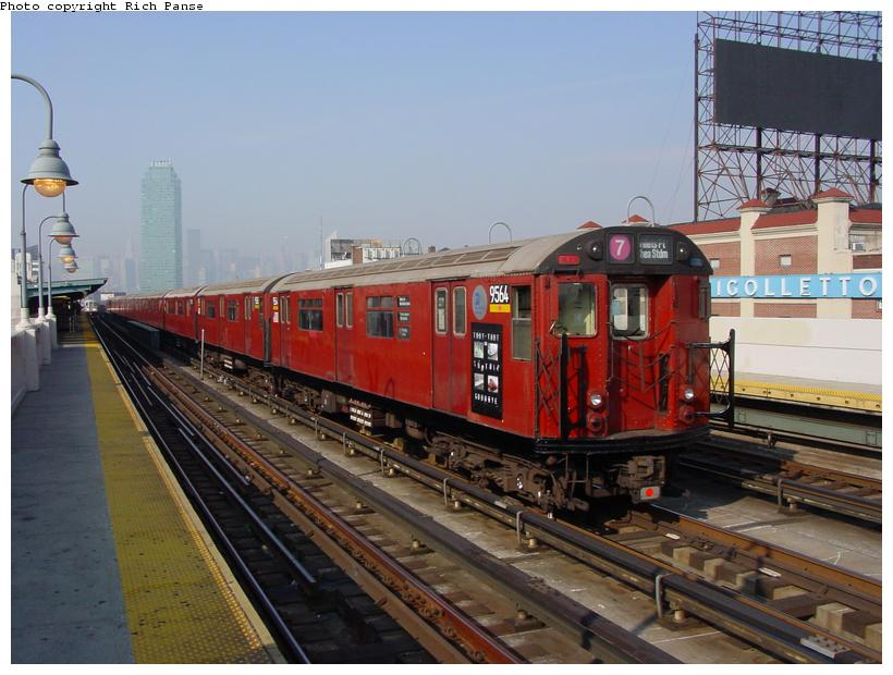 (83k, 820x620)<br><b>Country:</b> United States<br><b>City:</b> New York<br><b>System:</b> New York City Transit<br><b>Line:</b> IRT Flushing Line<br><b>Location:</b> 33rd Street/Rawson Street <br><b>Car:</b> R-36 World's Fair (St. Louis, 1963-64) 9564 <br><b>Photo by:</b> Richard Panse<br><b>Date:</b> 11/3/2003<br><b>Notes:</b> Train used on last revenue Redbird service deadheads inbound prior to last passenger run.<br><b>Viewed (this week/total):</b> 0 / 5451