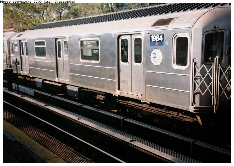 (101k, 805x571)<br><b>Country:</b> United States<br><b>City:</b> New York<br><b>System:</b> New York City Transit<br><b>Line:</b> IRT Flushing Line<br><b>Location:</b> Willets Point/Mets (fmr. Shea Stadium) <br><b>Route:</b> 7<br><b>Car:</b> R-62A (Bombardier, 1984-1987)  1964 <br><b>Photo by:</b> Gary Chatterton<br><b>Date:</b> 11/3/2003<br><b>Viewed (this week/total):</b> 2 / 2603
