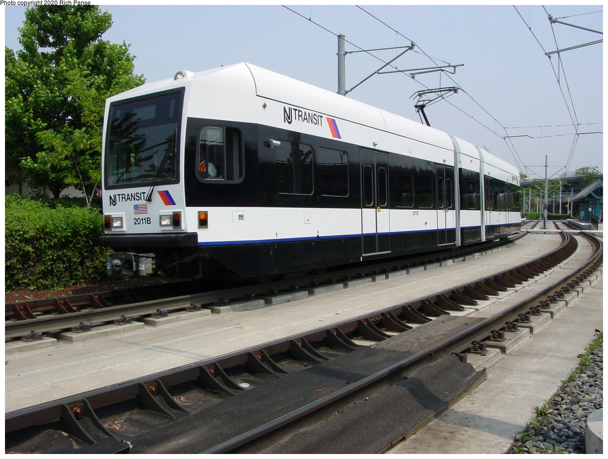 (87k, 820x620)<br><b>Country:</b> United States<br><b>City:</b> Jersey City, NJ<br><b>System:</b> Hudson Bergen Light Rail<br><b>Location:</b> Liberty State Park <br><b>Car:</b> NJT-HBLR LRV (Kinki-Sharyo, 1998-99)  2011 <br><b>Photo by:</b> Richard Panse<br><b>Date:</b> 6/5/2002<br><b>Viewed (this week/total):</b> 0 / 2608