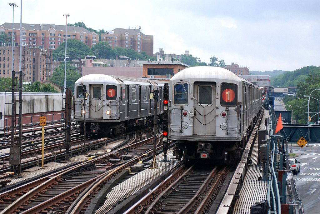 (179k, 1024x685)<br><b>Country:</b> United States<br><b>City:</b> New York<br><b>System:</b> New York City Transit<br><b>Line:</b> IRT West Side Line<br><b>Location:</b> 238th Street <br><b>Route:</b> 1<br><b>Car:</b> R-62A (Bombardier, 1984-1987)   <br><b>Photo by:</b> Richard Chase<br><b>Date:</b> 8/2/2009<br><b>Viewed (this week/total):</b> 2 / 1696