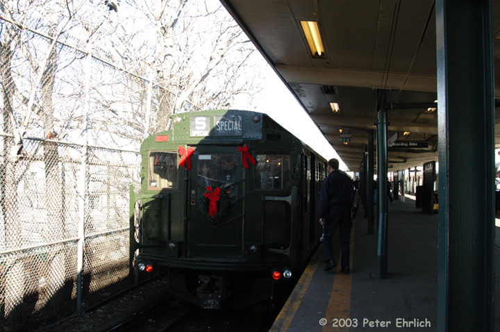 (162k, 720x478)<br><b>Country:</b> United States<br><b>City:</b> New York<br><b>System:</b> New York City Transit<br><b>Line:</b> BMT Canarsie Line<br><b>Location:</b> Rockaway Parkway <br><b>Route:</b> Fan Trip<br><b>Car:</b> R-1 (American Car & Foundry, 1930-1931) 100 <br><b>Photo by:</b> Peter Ehrlich<br><b>Date:</b> 12/28/2003<br><b>Viewed (this week/total):</b> 2 / 2763
