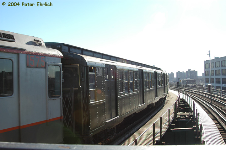 (111k, 720x478)<br><b>Country:</b> United States<br><b>City:</b> New York<br><b>System:</b> New York City Transit<br><b>Line:</b> BMT Canarsie Line<br><b>Location:</b> Atlantic Avenue <br><b>Route:</b> Fan Trip<br><b>Car:</b> R-4 (American Car & Foundry, 1932-1933) 401 <br><b>Photo by:</b> Peter Ehrlich<br><b>Date:</b> 12/28/2003<br><b>Viewed (this week/total):</b> 2 / 2274