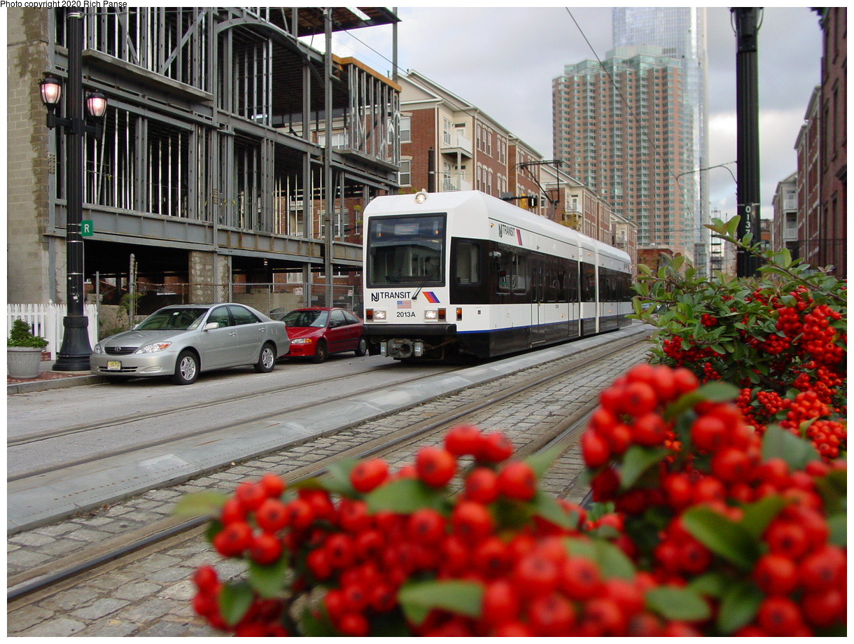 (101k, 820x620)<br><b>Country:</b> United States<br><b>City:</b> Jersey City, NJ<br><b>System:</b> Hudson Bergen Light Rail<br><b>Location:</b> Essex Street <br><b>Car:</b> NJT-HBLR LRV (Kinki-Sharyo, 1998-99)  2013 <br><b>Photo by:</b> Richard Panse<br><b>Date:</b> 10/29/2003<br><b>Viewed (this week/total):</b> 0 / 2630