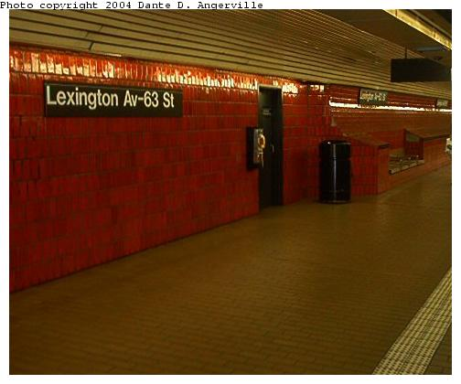(30k, 504x420)<br><b>Country:</b> United States<br><b>City:</b> New York<br><b>System:</b> New York City Transit<br><b>Line:</b> IND 63rd Street<br><b>Location:</b> Lexington Avenue-63rd Street <br><b>Photo by:</b> Dante D. Angerville<br><b>Date:</b> 7/24/2003<br><b>Viewed (this week/total):</b> 0 / 4486