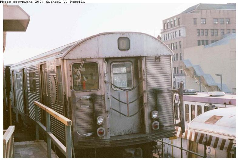 (68k, 788x532)<br><b>Country:</b> United States<br><b>City:</b> New York<br><b>System:</b> New York City Transit<br><b>Location:</b> Coney Island/Stillwell Avenue<br><b>Route:</b> Q<br><b>Car:</b> R-32 (Budd, 1964)  3524 <br><b>Photo by:</b> Michael Pompili<br><b>Date:</b> 10/23/2001<br><b>Viewed (this week/total):</b> 2 / 5072