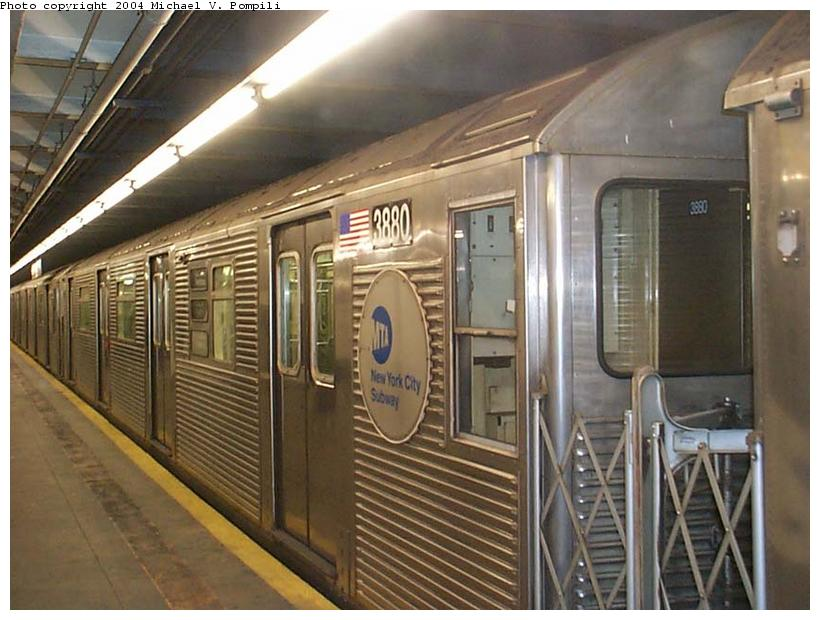 (107k, 820x620)<br><b>Country:</b> United States<br><b>City:</b> New York<br><b>System:</b> New York City Transit<br><b>Line:</b> IND 8th Avenue Line<br><b>Location:</b> 168th Street <br><b>Route:</b> C<br><b>Car:</b> R-32 (GE Rebuild) 3880 <br><b>Photo by:</b> Michael Pompili<br><b>Date:</b> 1/6/2002<br><b>Viewed (this week/total):</b> 6 / 3829