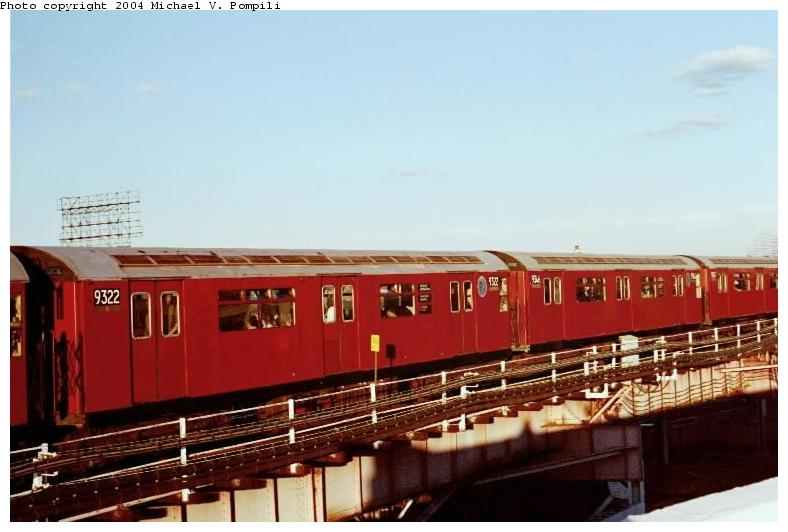 (55k, 788x532)<br><b>Country:</b> United States<br><b>City:</b> New York<br><b>System:</b> New York City Transit<br><b>Line:</b> IRT Flushing Line<br><b>Location:</b> Queensborough Plaza <br><b>Route:</b> 7<br><b>Car:</b> R-33 World's Fair (St. Louis, 1963-64) 9322 <br><b>Photo by:</b> Michael Pompili<br><b>Date:</b> 6/29/2001<br><b>Viewed (this week/total):</b> 0 / 1770