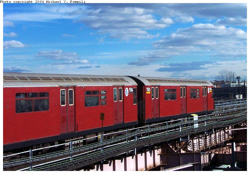 (98k, 820x572)<br><b>Country:</b> United States<br><b>City:</b> New York<br><b>System:</b> New York City Transit<br><b>Line:</b> IRT Flushing Line<br><b>Location:</b> Queensborough Plaza <br><b>Route:</b> 7<br><b>Car:</b> R-36 World's Fair (St. Louis, 1963-64) 9585 <br><b>Photo by:</b> Michael Pompili<br><b>Date:</b> 11/20/2001<br><b>Viewed (this week/total):</b> 2 / 2418