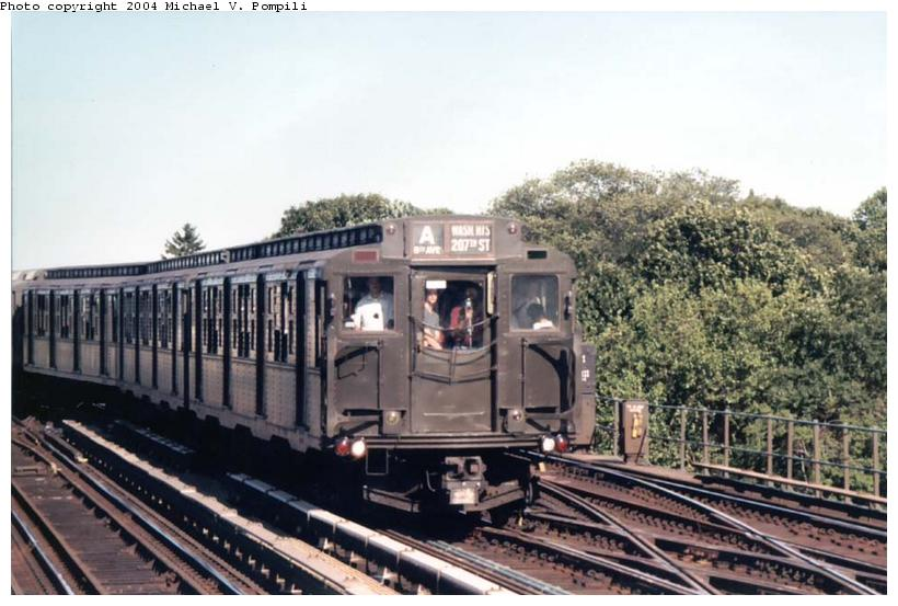 (90k, 820x553)<br><b>Country:</b> United States<br><b>City:</b> New York<br><b>System:</b> New York City Transit<br><b>Line:</b> IND Fulton Street Line<br><b>Location:</b> 80th Street/Hudson Street <br><b>Route:</b> Fan Trip<br><b>Car:</b> R-4 (American Car & Foundry, 1932-1933) 484 <br><b>Photo by:</b> Michael Pompili<br><b>Date:</b> 8/24/2003<br><b>Viewed (this week/total):</b> 2 / 2730