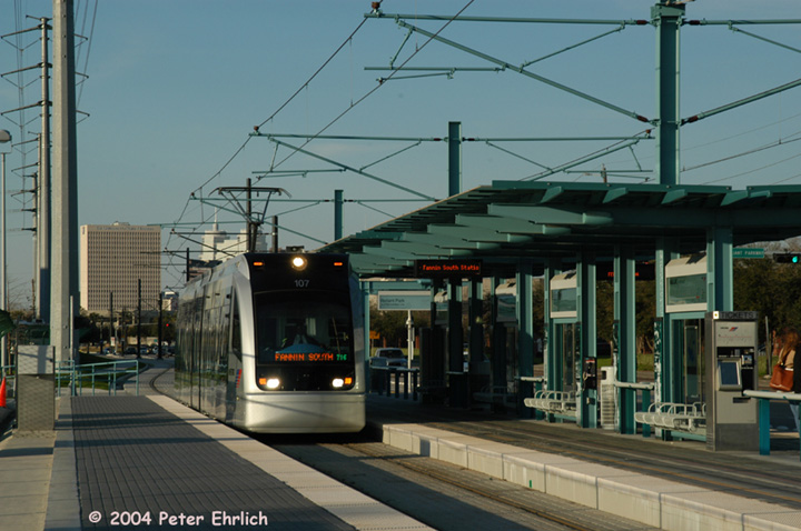 (136k, 720x478)<br><b>Country:</b> United States<br><b>City:</b> Houston, TX<br><b>System:</b> Houston METRORail<br><b>Location:</b> Reliant Park <br><b>Car:</b> Siemens Avanto 107 <br><b>Photo by:</b> Peter Ehrlich<br><b>Date:</b> 2/6/2004<br><b>Viewed (this week/total):</b> 2 / 2771