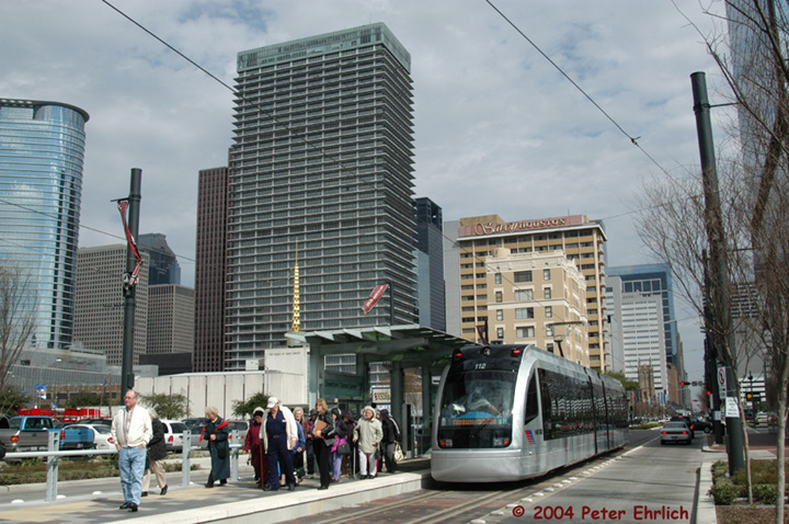 (174k, 720x478)<br><b>Country:</b> United States<br><b>City:</b> Houston, TX<br><b>System:</b> Houston METRORail<br><b>Location:</b> Downtown Transit Center <br><b>Car:</b> Siemens Avanto 112 <br><b>Photo by:</b> Peter Ehrlich<br><b>Date:</b> 2/6/2004<br><b>Viewed (this week/total):</b> 1 / 3496
