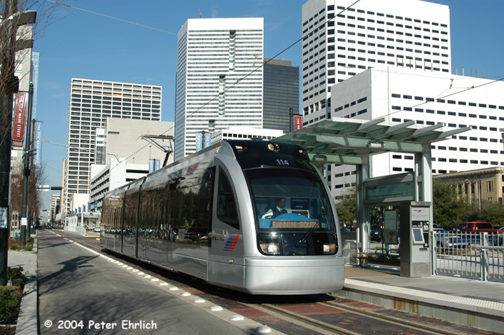 (181k, 720x478)<br><b>Country:</b> United States<br><b>City:</b> Houston, TX<br><b>System:</b> Houston METRORail<br><b>Location:</b> Bell <br><b>Car:</b> Siemens Avanto 114 <br><b>Photo by:</b> Peter Ehrlich<br><b>Date:</b> 2/5/2004<br><b>Viewed (this week/total):</b> 3 / 3289