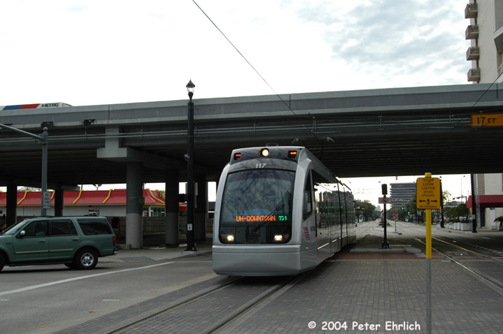 (105k, 720x478)<br><b>Country:</b> United States<br><b>City:</b> Houston, TX<br><b>System:</b> Houston METRORail<br><b>Location:</b> Approaching Downtown Transit Center <br><b>Car:</b> Siemens Avanto 117 <br><b>Photo by:</b> Peter Ehrlich<br><b>Date:</b> 2/5/2004<br><b>Viewed (this week/total):</b> 2 / 3618