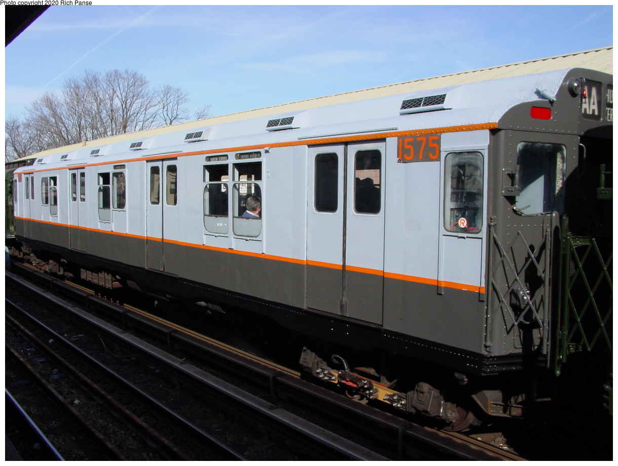(58k, 768x576)<br><b>Country:</b> United States<br><b>City:</b> New York<br><b>System:</b> New York City Transit<br><b>Line:</b> BMT Brighton Line<br><b>Location:</b> Sheepshead Bay <br><b>Route:</b> Fan Trip<br><b>Car:</b> R-7A (Pullman, 1938)  1575 <br><b>Photo by:</b> Richard Panse<br><b>Date:</b> 2/28/2004<br><b>Viewed (this week/total):</b> 0 / 2773